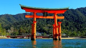 厳島神社(広島)