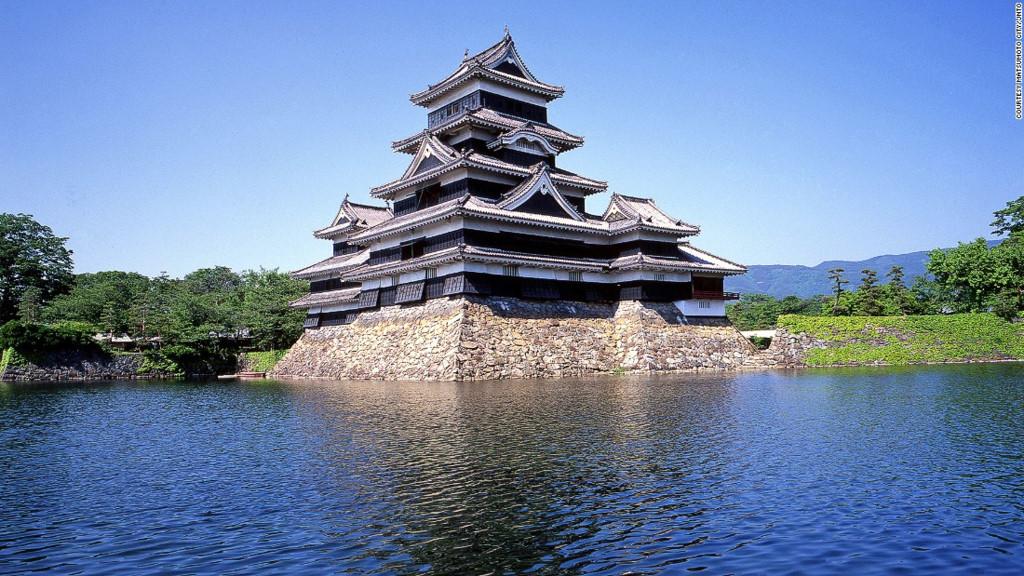 松本城(長野)